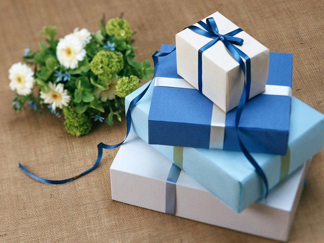 男性・女性のプレゼントおすすめ人気ランキング