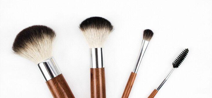 【調査済】眉毛アートメイクの料金相場は?高い・安いはいくらくらい?